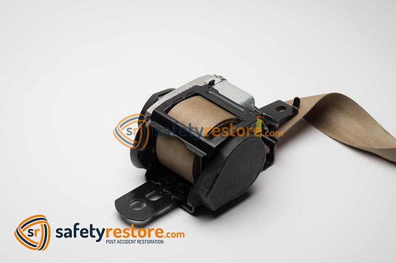 ford-seat-belt